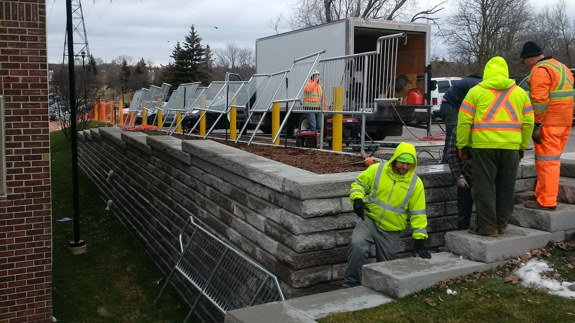 Guelph Sienna Stone Retaining Wall – Part II
